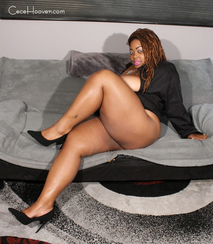 High heeled, thick ebony milf showing off her voluptuous calves and thighs.